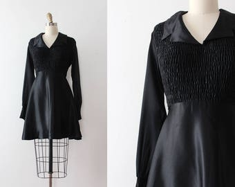 vintage 1960s mini dress // 60s black baby doll dress