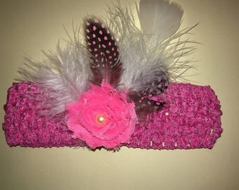"""1.5"""" standard crochet headband with 1.75"""" shabby fabric flowers, and feathers. Pink"""