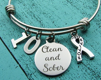 12 step recovery bracelet, clean and sober anniversary jewelry, na addiction recovery gift, aa recovery gift, sobriety survivor strong woman