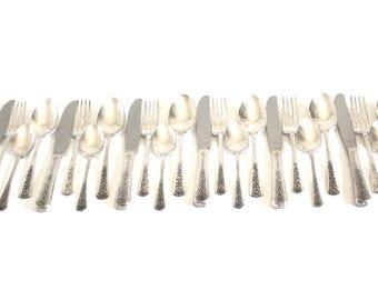 "Meriden Silver Plate Flatware Set ""Delight"" Service for 6, 1950s Silverware Floral Pattern"