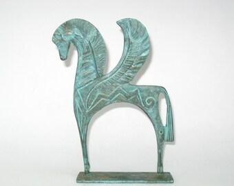 Fred Weinberg Style étrusque ailé Pégase, cheval Sculpture - Mid Century Modern Figure w / patine vert de gris