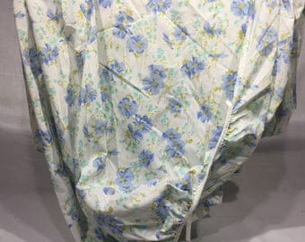 Vintage, sheet, full or double, fitted, two shades of blue flowers, floral, bedding, linens, fabric, fitted sheet, vintage sheet, blue,