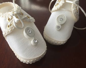 Baptism shoes, size 3 baby boy baptism shoes, Ivory shoes, christening shoes, silk shoes, baby baptism shoes, NARELO