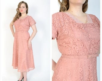 SUMMER SALE 1940's Dusty Rose Cocktail Dress // 40's Chantilly Lace Dress // Size Large // Vintage Inspired Wedding Dress
