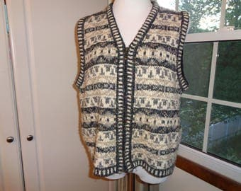 Vintage Black, White and Grey  Knit Vest with  zippered opening in a  Size Large Female from the  St. John's Bay Label in Vintage Condition
