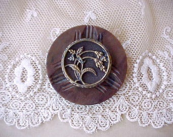 Unusual and Pretty Brooch Made of 2 Antique Buttons