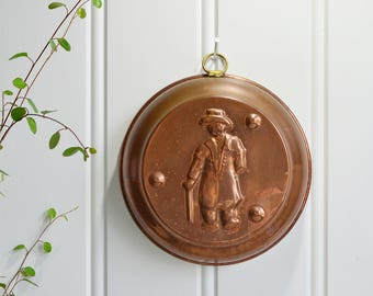 Dala copper mold , vintage Swedish kitchen decor, Dalecarlian motif, tarnished copper