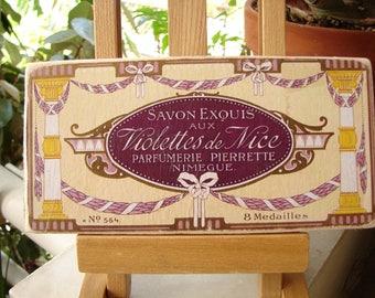 vintage,violet soap label on wood, shabby chic, vintage French, savon exquis, violettes de Nice sign