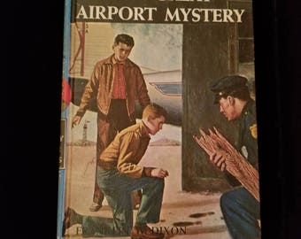 Vintage 1965 Hardy Boys The Great Airport Mystery #9