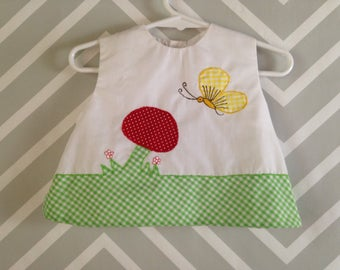 vintage baby girls sleeveless top blouse with darling mushroom butterfly applique size 6-9-12 months