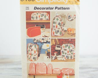 Kitchen appliance covers and potholders, Simplicity 5495, Vintage 1970s Sewing Pattern
