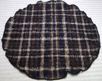 Wool Round Pocket Square