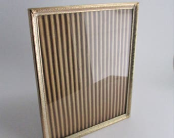 Vintage Frame Metal Gold Tone Etched Design 8 x 10 Picture Frame Wall Hanging Tabletop