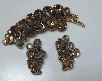 D&E aka Juliana Demi Colorado Topaz and Gray Beads   Vintage 1960s   Item: 17434