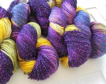 Indie-Dyed Yarn, PURPLE IRIS Sock Yarn, Merino Yarn, Knitting Yarn, Speckled Yarn, Sock Yarn Knit, Gift for Knitter, Superwash Merino Yarn