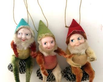 Vintage Christmas Ornaments / set of 3