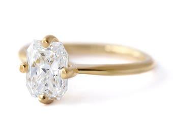 Diamond Engagement Ring, Radiant Cut Diamond Ring, Two Carat Diamond, Rectangular Diamond Ring, Modern Diamond Ring, Simple Diamond Ring