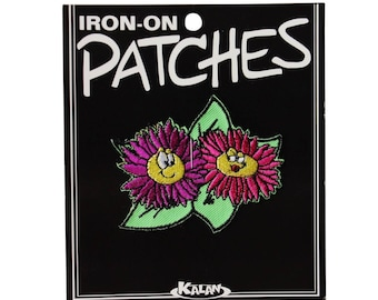 Boy & Girl Flirting Flower Friends Iron-On Patch DIY Smiley Daisy Craft Applique