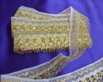 """No. 100 Metallic Gold with White Art Deco Edging Lace; 2 Pieces: 5 yards & 6 yards x 3.5"""" Total"""