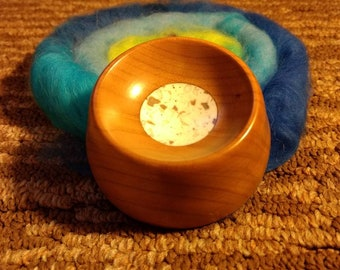 Cherry supported spindle bowl with Cream insert
