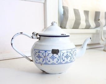 Antique French Tea Pot, Antique Enamelware, 'Carnation of India' pattern, signed, 0.7 liters, c. 1890's-1900, blue and white