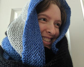 Beautifully warm wool & acrylic cowl