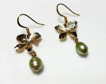 green freshwater pearl earrings with gold leaf orchid links hypoallergenic earrings nickel free earrings floral dangle drop beaded jewelry