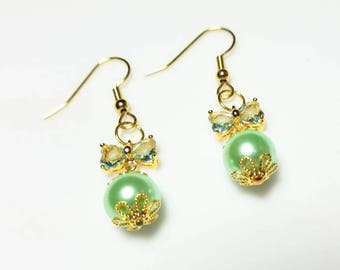 pale green ernite butterfly wing gold earrings with mint green Swarovski pearl hypoallergenic nickel free earrings dangle drop jewelry