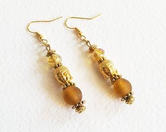 Boucles d'Oreilles Zen - Le Bouddha Soleil d'Or - Perles Pâte de Verre Artisanales et Perles Tibétaines  - Bijou créateur, pièce unique