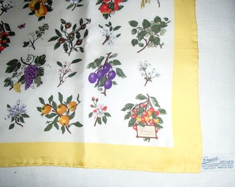 GUCCI Silk SCARF/ Golden Yellow n White Flower Print/ 1970 s Vintage Gucci Scarf/ RARE Gucci Silks/ Lucky13vintage