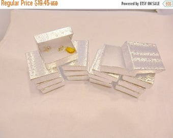 On Sale 100 pack Silver Cotton Filled Jewelry Presentation Gift Display Boxes size 2 1/8x1 5/8