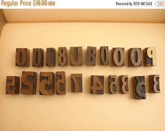 ON SALE lot of 20 antique wood carved letterpress printing block letters & numbers for posters