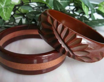 Carved Bakelite Cocoa Brown Bracelet, Fern Leaf Frond Carving Milk Chocolate, Wood Laminate Cherry Wine Bangle, Bracelet Twin Pair