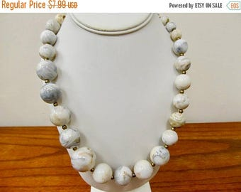 ON SALE Retro Graduated Marbleized Lucite Beaded Necklace Item K # 2573
