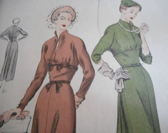 Vintage 1950's Vogue 6564 Dress Sewing Pattern, Size 14 Bust 32