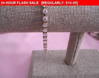 vintage gold tone rhinestone bracelet, fashion bracelet, vintage bracelet