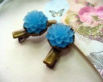 Blue Flower Hair Clips, Antique Brass Clips, Floral Jewelry, Hair Accessories, Crown Hair Clips, Hair Care, Blue Dahlia, Flower Girl