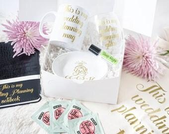 Engagement Gift  Set - Future Mrs Gift - Wedding Planning Note - Gift for Newly Engaged - Wedding Planning Wine Glass - Engagement Ring Dish