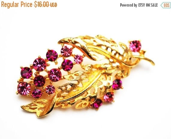 Lisner Pink Rhinestone Brooch - gold tone Flower leaf  - Mid Century pin