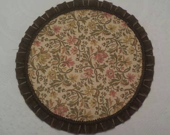 Antique Vintage ROUND BROCADE DOILEY Handmade Tapestry Table Runner  Victorian Needlepoint Table Scarf Placemat