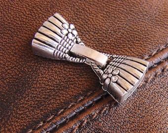 Set of clip shape handbag - antique silver clasp