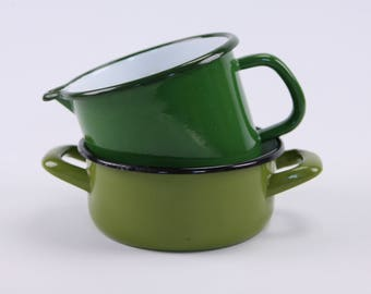 Retro green enamelware pan and jug pair