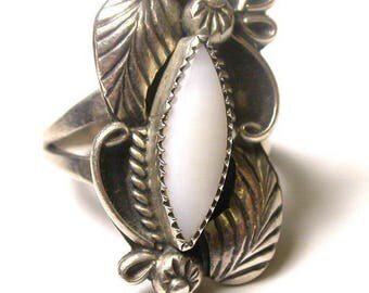 Vintage Navajo Sterling Silver and Milky Calcedony Navajo Ring by Thomas J - Size 4.5 - Weight 4.6 Grams # 521