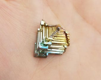 1 Small Piece of Bismuth- made in Germany- more available- fractal rainbow transformation- trippy hopper crystal element