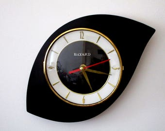 French 1950-60s Atomic Age BAYARD Bright Black Formica Wall Clock - Triangle or Boomerang Shape - Good Working Condition