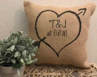 Valentines Day Gift, Personalized pillow, rustic wedding pillow, burlap pillow, heart and initials pillow,