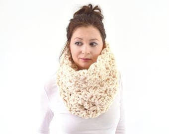 SALE Knit Chunky Woman Lace Cowl Scarf | The Florence
