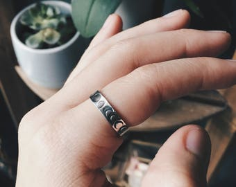 Moon Phases - Sterling Silver Stacking Ring