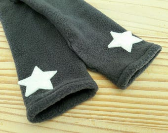 grey stars polar mitts ecru