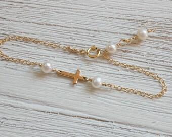 Gold Baby Bracelet Gold Cross Baby Bracelet Gold Baptism Jewelry Pearl Baby Bracelet Godchild Gift Baby Girl Cross Jewelry